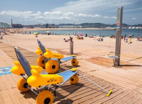Servicio de playa accesible