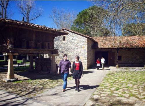 Exposiciones en el Muséu del Pueblu d'Asturies