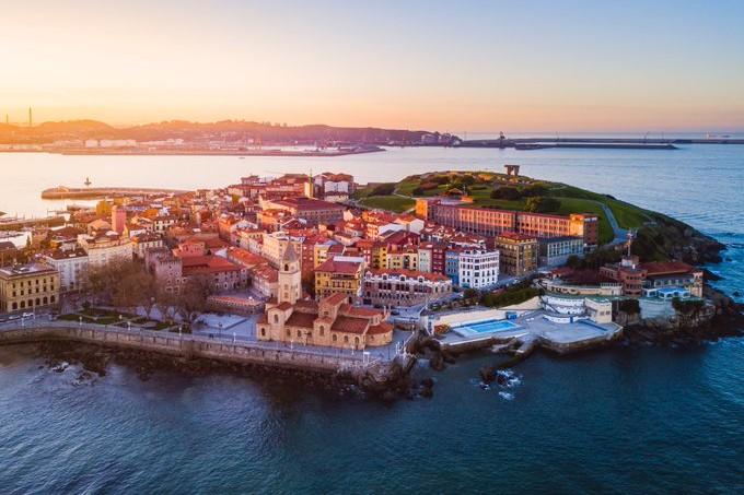 Se levanta el cierre perimetral de Gijón